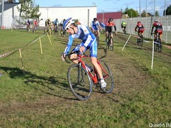 mini_championnat-departemental-de-cyclo-cross-espoirs-seniors-5a0ab74a0a499.jpg